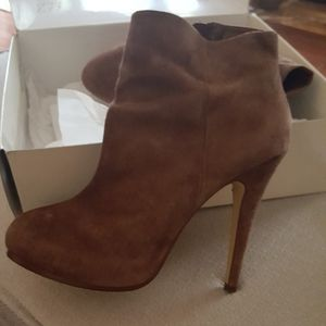 Brown suede bootie, size 8